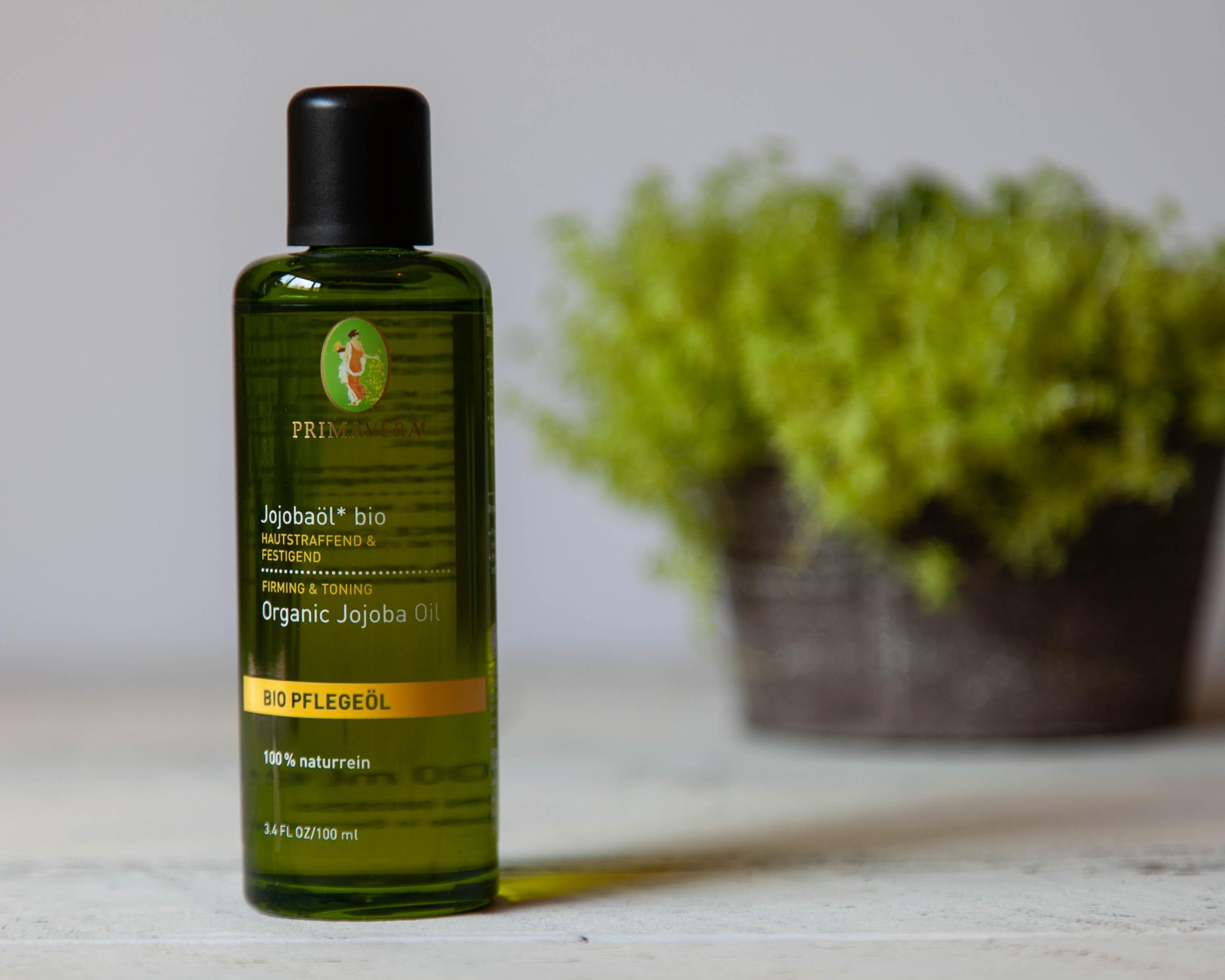 Unique properties of jojoba essential oil